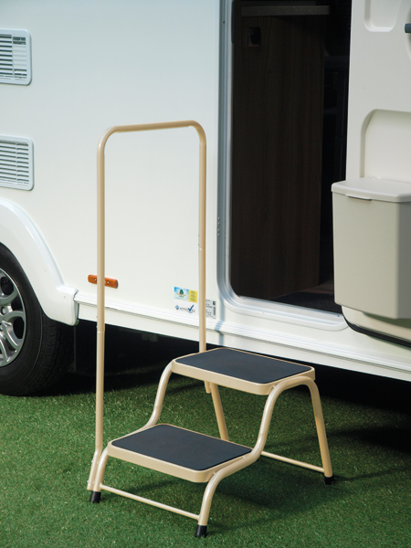 Quest Double Step With Handrail Camping International