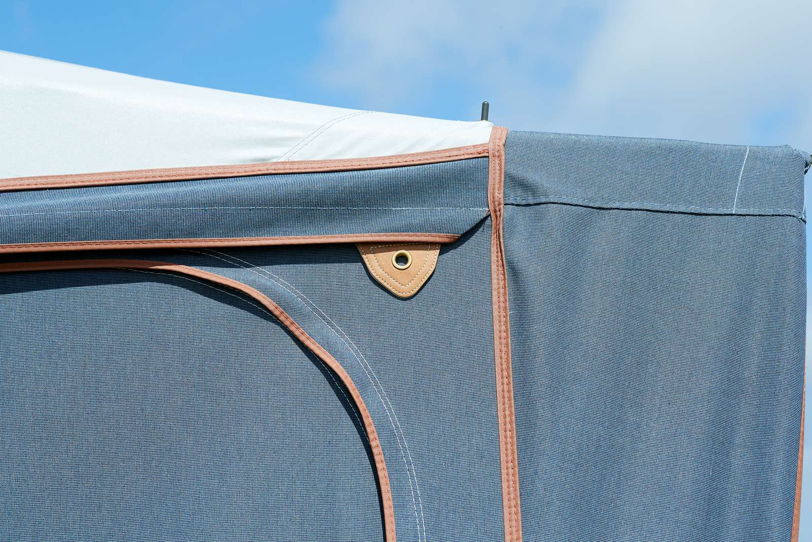 Isabella Capri North Awning - 2020 - Camping International